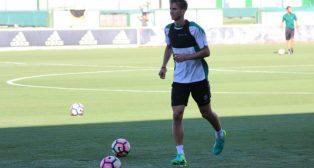 Fabián Ruiz, en un entrenamiento del Betis (Foto: RBB)