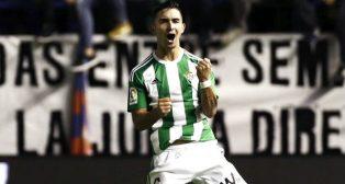 Felipe Gutiérrez celebró con rabia su gol al Osasuna (Foto: EFE)