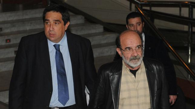 A la izquierda, José Antonio Tirado, presidente de 'Por Nuestro Betis', en una imagen de archivo (Foto: J. J. Úbeda)