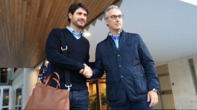 Víctor Sánchez posa con Miguel Torrecilla