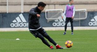 Felipe Gutiérrez, en un entrenamiento del Betis (Foto: RBB)