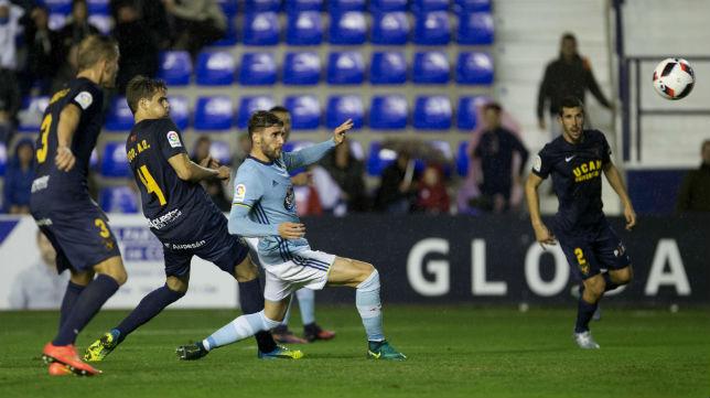 Sergi Gómez, en un partido del Celta (Foto: EFE)