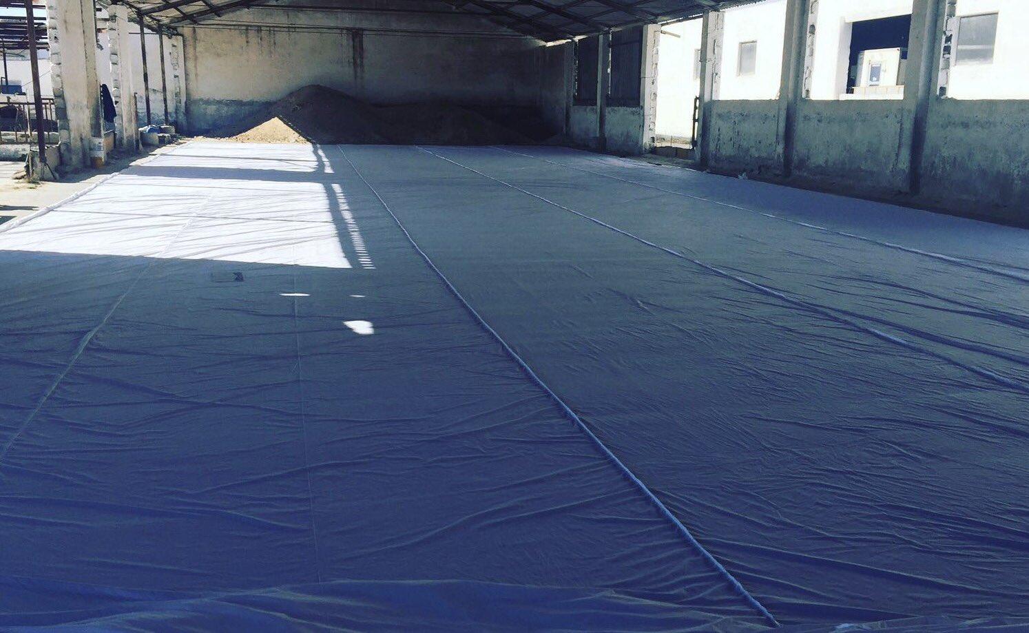 Preparativos de la lona para el tifo contra el Betis (Imagen: @G19_GranadaCF)