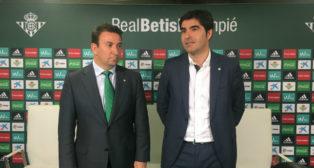 José Miguel López Catalán y Ángel Haro, en la rueda de prensa de explicación del acuerdo con Bitton Sport