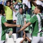 Jonas Martin celebra su gol en el Betis-Eibar