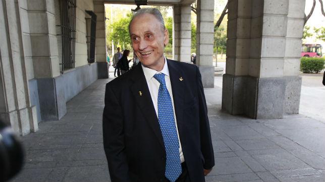 Manuel Ruiz de Lopera, a su llegada a la Audiencia Provincial (Foto: Raúl Doblado)