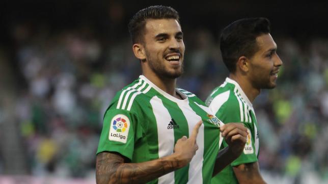 Ceballos celebra su gol en el Betis-Atlético
