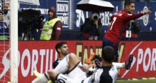 Sergio León celebra un gol ante el Deportivo (Foto: EFE).