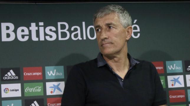 Quique Setién, en un momento de su presentación con el Betis (Foto: Juan Flores)