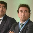 Haro, junto a López Catalán, durante la junta extraordinaria del Betis