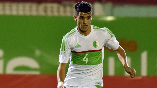 Youcef Attal, en un partido de Argelina (Foto: AFP)