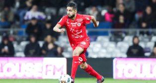 Ryad Boudebouz, en un partido con el Montpellier