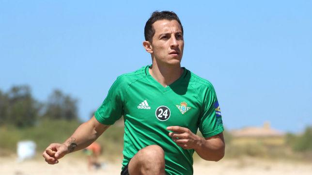 Betis: Guardado realiza ejercicios (foto: RBB)