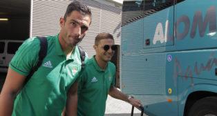 Los capitanes Adán y Joaquín, antes de partir hacia Barcelona (foto: Raúl Doblado)