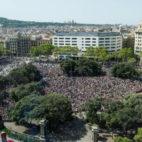 Minuto de silencio en la Plaza Cataluña de Barcelona (Foto: Inés Baucells)