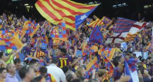 Aficionados del Barcelona en el Camp Nou (Foto: Inés Baucells)