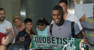 Campbell, a su llegada al aeropuerto de San Pablo (Foto: Raúl Doblado)