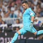 Adán, durante el Real Madrid-Betis