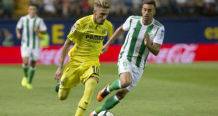 Castillejo se marcha de Camarasa en el Villarreal-Betis