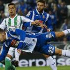 Lance del duelo entre Espanyol y Betis