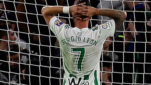 Sergio León se lamenta (EFE)