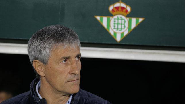 Quique Setién, en el Betis-Girona (Raúl Doblado)