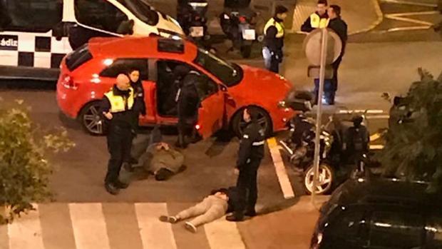 La Policía detiene a tres individuos, supuestamente aficionados del Betis (LA VOZ)