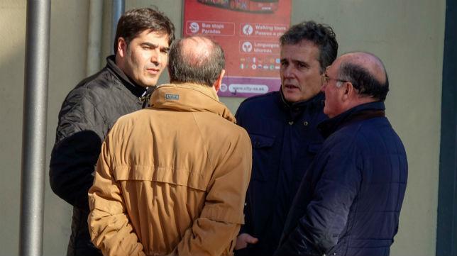 Ángel Haro, junto a Jaime Rodríguez-Sacristán y Manuel Castaño (Foto: Eduardo Briones / E. P.)