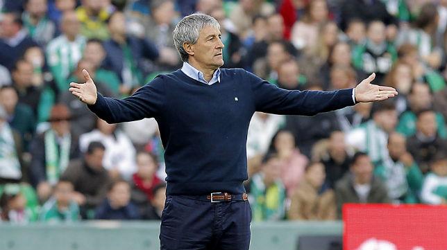 Quique Setién, durante el partido frente al Atlético de Madrid (Foto: Raúl Doblado/ABC)
