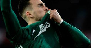 Fabián celebra su gol en el derbi Sevilla-Betis