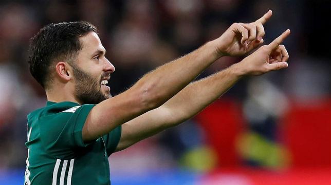Durmisi celebra su gol al Sevilla (Foto: EFE)