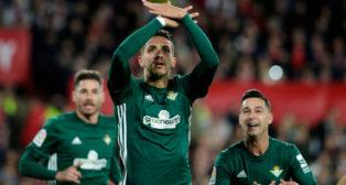 Feddal celebra su gol en el derbi ante el Sevilla FC