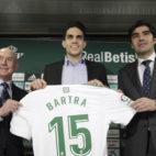 Lorenzo Serra Ferrer, Bartra y Ángel Haro (Juan Flores)