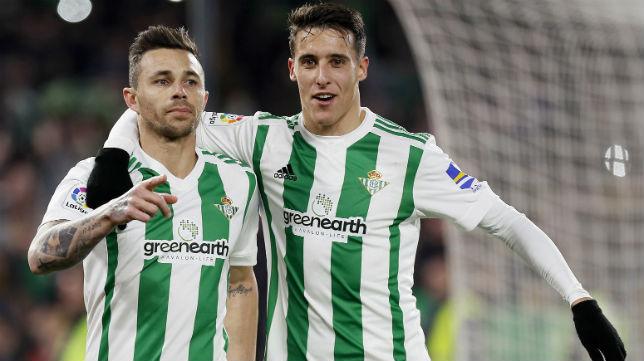 Rubén celebra con Tello su gol ante el Leganés (Foto: EFE).