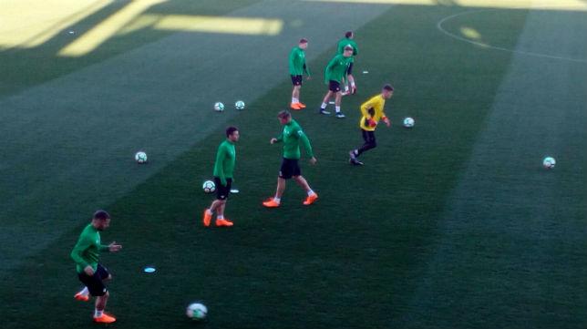 Entrenamiento_Betis Adán y Tello no entrenaron hoy - Comunio-Biwenger