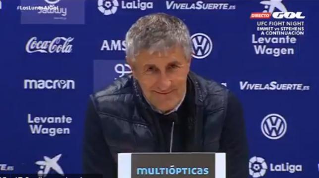 Setién bromeó en la saal de prensa del Ciutat de Valencia