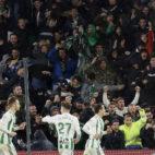 Los jugadores del Betis celebran un gol en el duelo ante el Espanyol