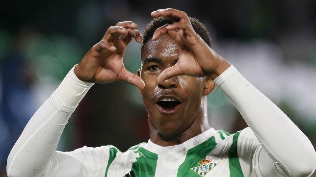 Junior celebra su gol ante el Espanyol