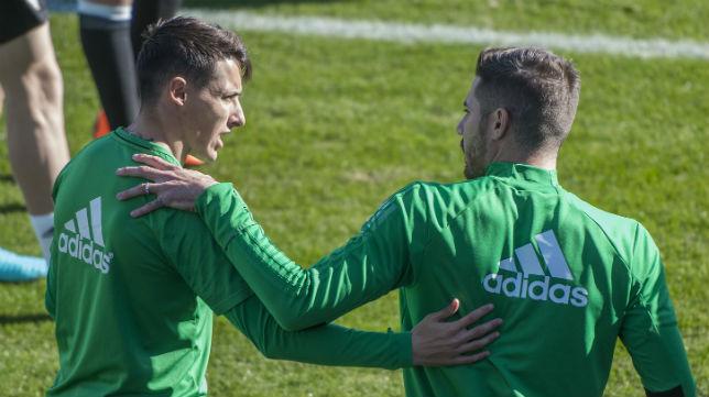Tello y Javi García, juntos en un entrenamiento (Foto: J. J. Úbeda/ABC)