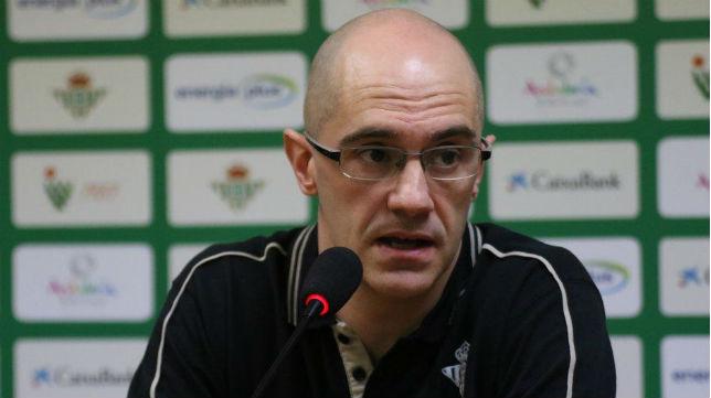 Javier Carrasco, nuevo técnico del Real Betis Energía Plus (RBB)