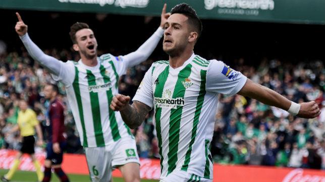 Sergio León celebra el gol anotado ante el Eibar (Foto: EFE)