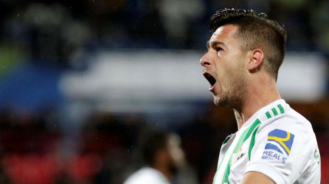 Sergio León celebra el gol anotado en Getafe (Foto: EFE)