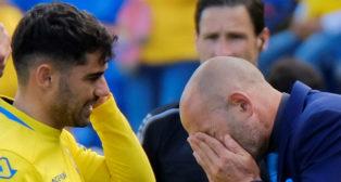 Tana y Paco Jémez durante el Las Palmas-Real Sociedad del pasado fin de semana (Foto: EFE)