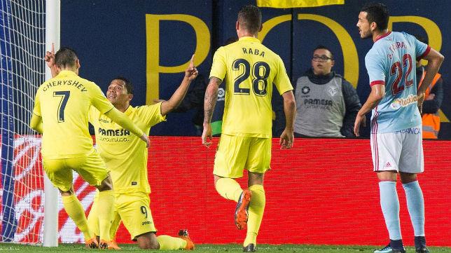 Los jugadores del Villarreal celebran uno de los goles anotados ante el Celta (Foto: EFE)