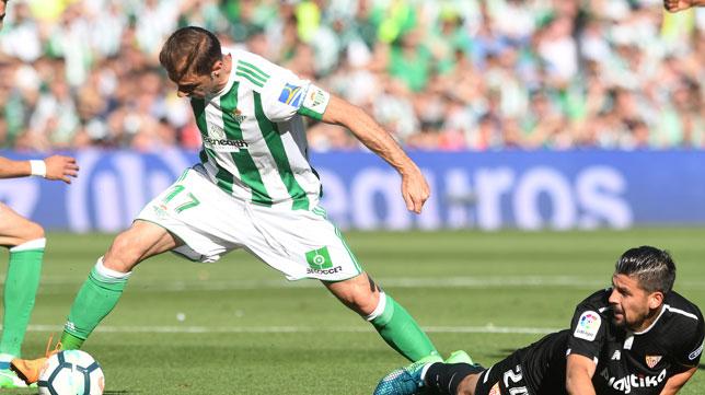 Joaquín supera a Nolito (foto: Juan José Ubeda)