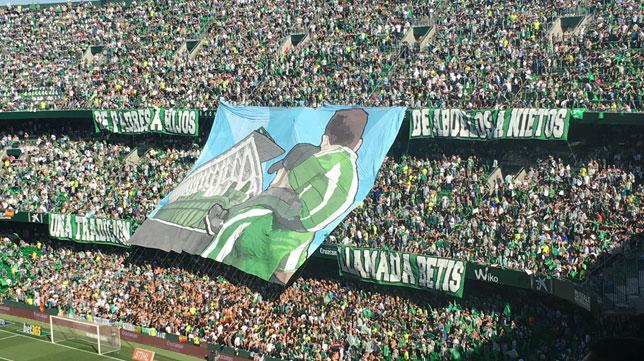 El Gol Sur del Villamarín antes del derbi.