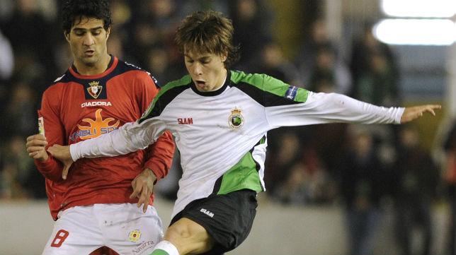 Canales, en un Racing-Osasuna de la temporada 2009-10