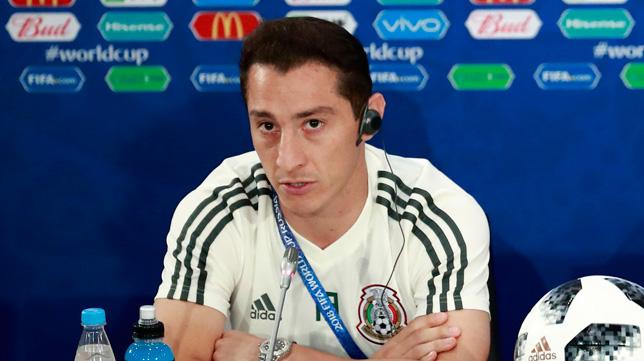 Guardado, en rueda de prensa con México