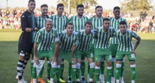 Once titular del Betis en el amistoso ante el Sporting de Braga (foto: Alberto Díaz)