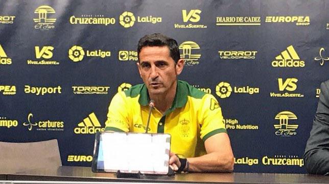 Manolo Jiménez, técnico de Las Palmas (foto: @UDLP_Oficial)